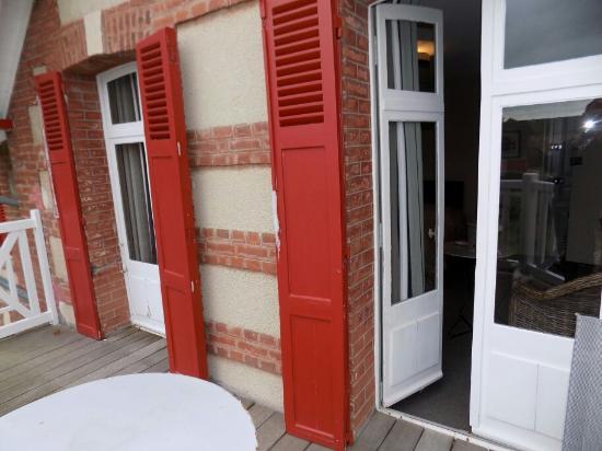 Cricqueboeuf, França: Terrasse agréable et reposante 😎
