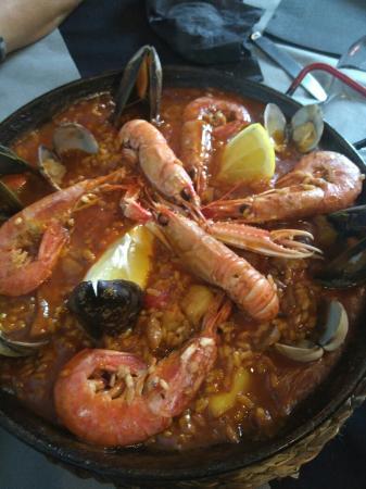 Valls, España: Un inmejorable lugar para comer, cenar o hacer el aperitivo