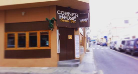 The Corner House: Corner house