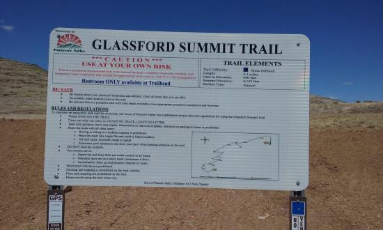 Prescott Valley, AZ: Glassford Summit Trail Signs at Parking Lot & Trailhead