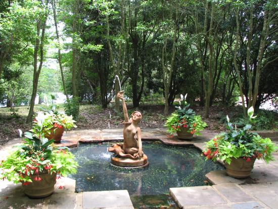 Theodore, อลาบาม่า: mermaid fountain