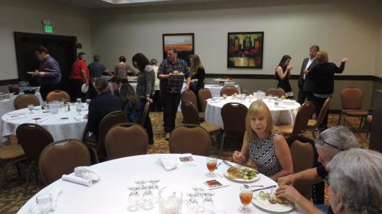 Modesto, CA: SACRAMENT ROOM: 25 person event catered