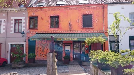 The 10 best restaurants near kuregem cureghem station for Rue joseph dujardin 8 anderlecht