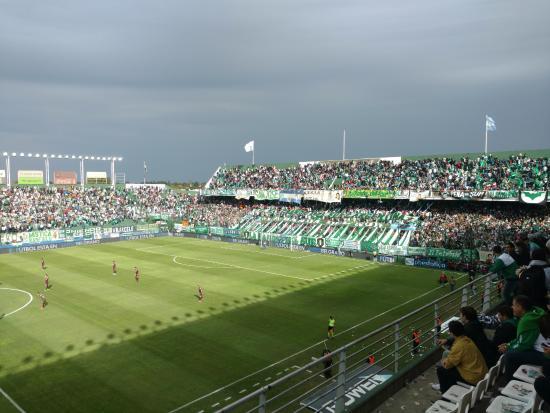 ผลการค้นหารูปภาพสำหรับ estadio florencio sola