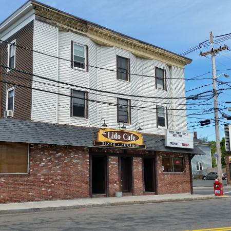 Lynn, MA: The restaurant/bar
