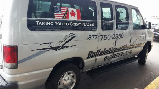 Cheektowaga, Estado de Nueva York: Buffalo Shuttle