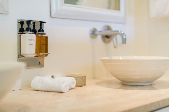 Superbe Amanzi Island Lodge: Our Bathrooms Have Complimentary Charlotte Rhys Luxury Bath  Products