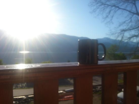 Mermaid Lodge & Motel: A hot Coffee and the Sun Rise Perfect