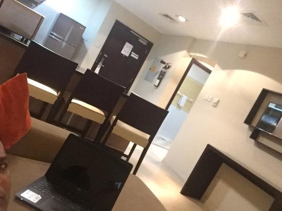 Lotus Grand Hotel Apartments Picture
