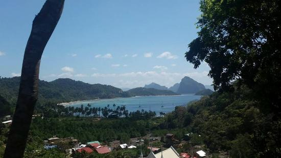 El Nido Viewdeck Inn: Corong Corong beach