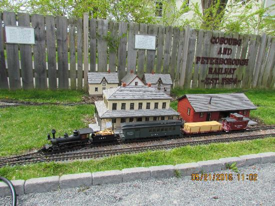 Cobourg, Canadá: 1/20 scale running model railway