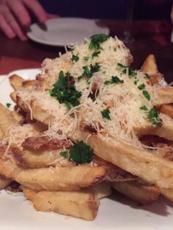 The Ritual Tavern: Garlic parmesan fries...very good!