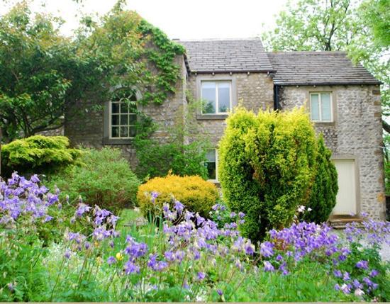 Hawkswick, UK: The Garden in Spring
