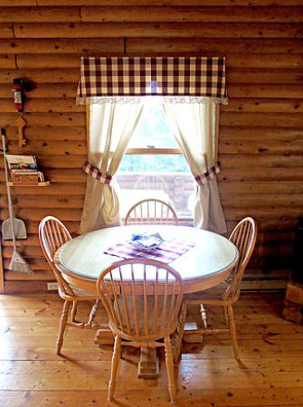 Margaree Forks, Canadá: Dining area