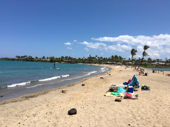 Waikoloa, HI: Beach view looking to the right from the entrance area