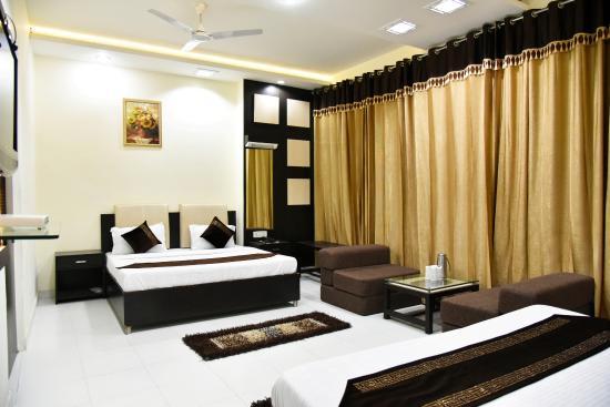 HOTEL AKAAL RESIDENCY: Royal Suite