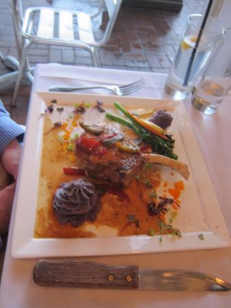Ridgefield, CT: Terrasole dinner plate