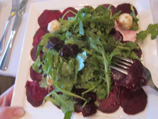 Ridgefield, CT: Beet and arugula salad