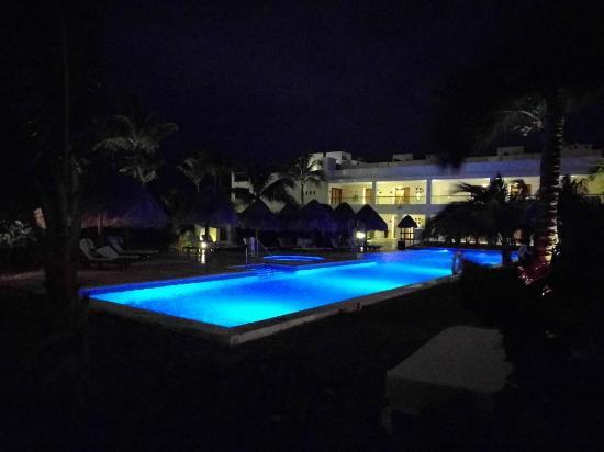 Excellence Playa Mujeres: IMG_20151123_214135_large.jpg