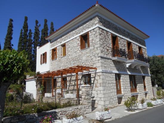 Pythais Hotel