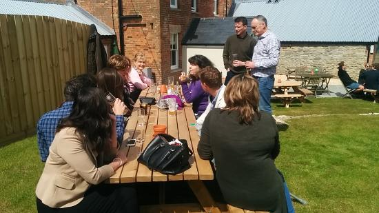 "Letcombe Regis, UK: Pre lunch drinks in the garden before a very ""Long Lazy Lunch.."" at The Greyhound"