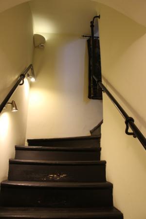 Hotel Pugetow: trapp ner till reception o frukosten