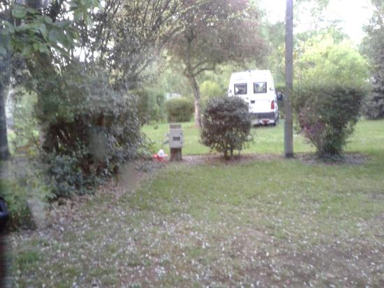 Camping du Domaine de Lanniron : 20160522_213537_large.jpg