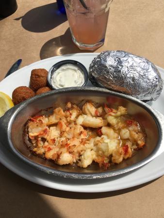 Blue Ridge Seafood & Crab Restaurant: photo2.jpg