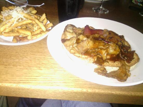 Oxford, OH: Left Field Tavern beef brisket with rosemary truffle french fries