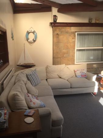 Barnacre: sun lounge