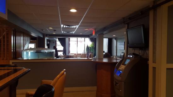 Louie B's Restaurant : Dining Room