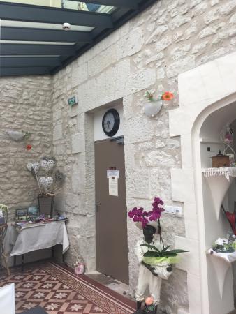 bedroom - photo de au bosquet fleuri, martizay - tripadvisor