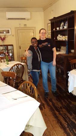 Reynolds Tavern: Tonya & Nikki