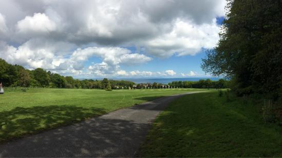 Hrabstwo Dublin, Irlandia: Great Place to be. Friendly and very welcoming staff (partly volunteer). Breathtaking view!!!