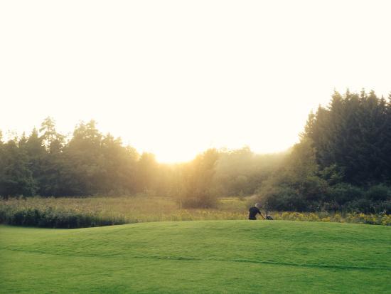 Weissensberg, Allemagne : Loch 18 bei Sonnenuntergang