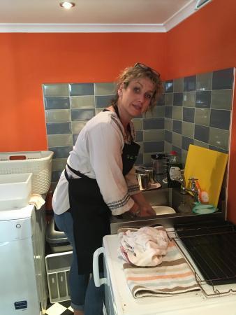 Prestbury, UK: Best scrubber ! Mrs T kindly volunteering xxx