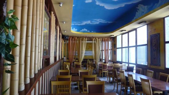 Una delle tre sale da pranzo - Picture of Stoker, San Donato ...