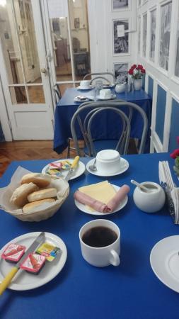 Hotel Baleares: Vista da mesa de café