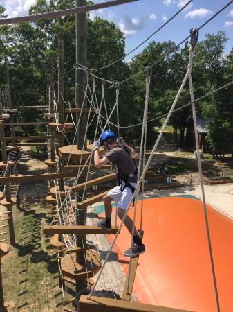 Archdale, Kuzey Carolina: this is level 3 on what in my opinion is one of the hardest challenges on the ropes course