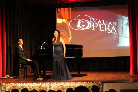 Italian Opera Taormina: Soprano