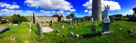 Ardmore, Ιρλανδία: The Grounds