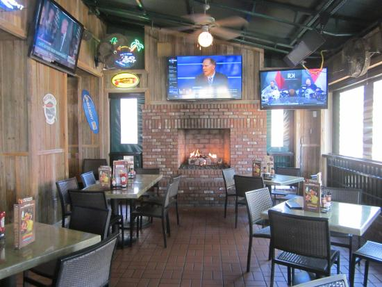 TVs and a fireplace - Picture of Miller's Ale House Sarasota ...