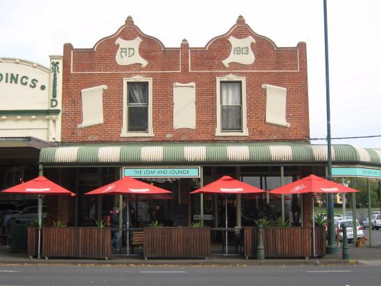 Camperdown, Australië: The Cobb Loaf cafe