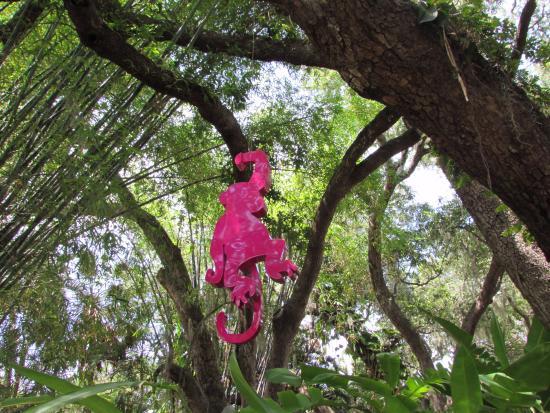 Marietta Museum-Art & Whimsy: Lots of monkeys!