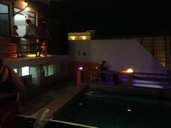 Hostel Rio Playa: terraço a noite!