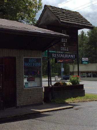 Big Bottom Bar & Grill: photo4.jpg