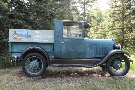 Pine Bungalows: This old truck captures the feel of the place.