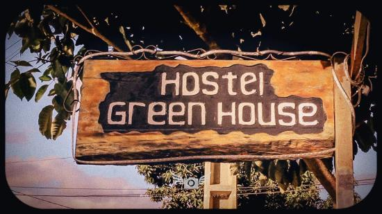 Green House Hostel: placa