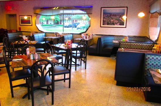 Philly Diner: Interior