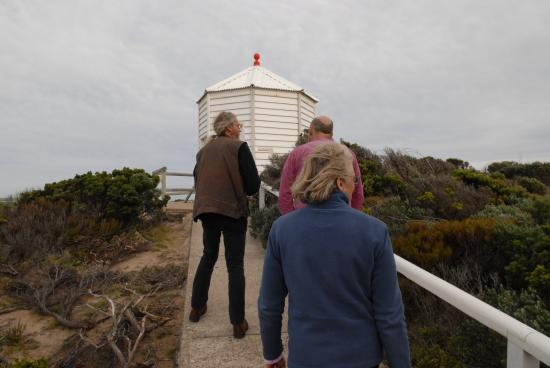Cape Nelson lighthouse: Walking up to the signal station.